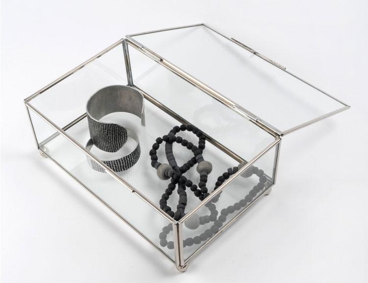 Vackert smyckeskrin i glas, Fair Trade.
