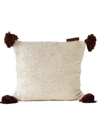 Kuddfodral återvunnen textil brun tofs