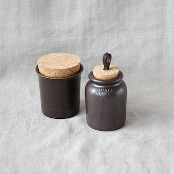 Små Höganäskrus med korklock