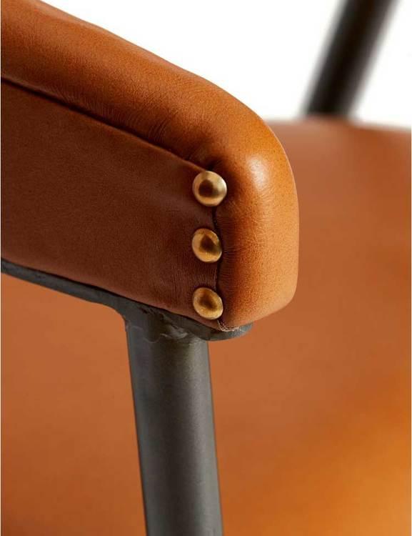 Karmstol naturgarvat läder, cognac
