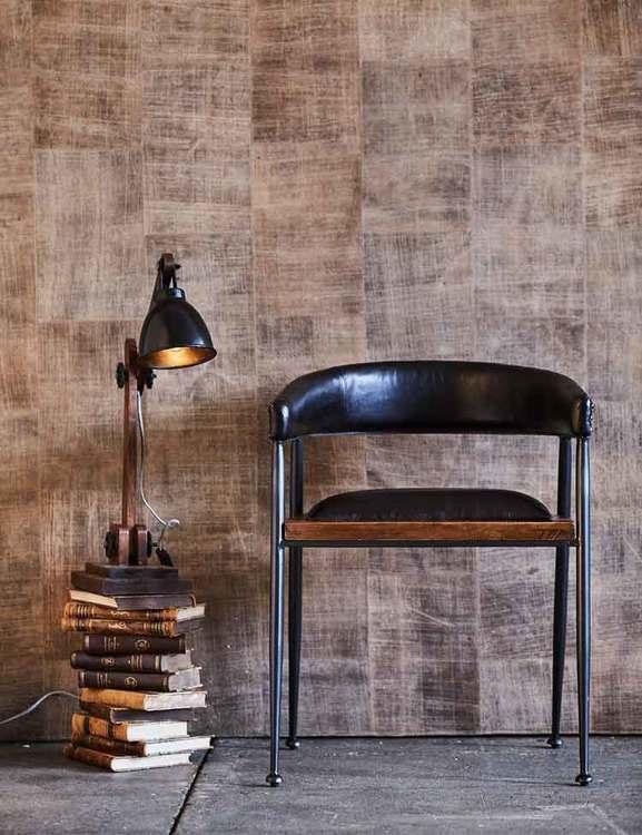 Svart karmstol London, naturgarvat läder från Fuhr Home