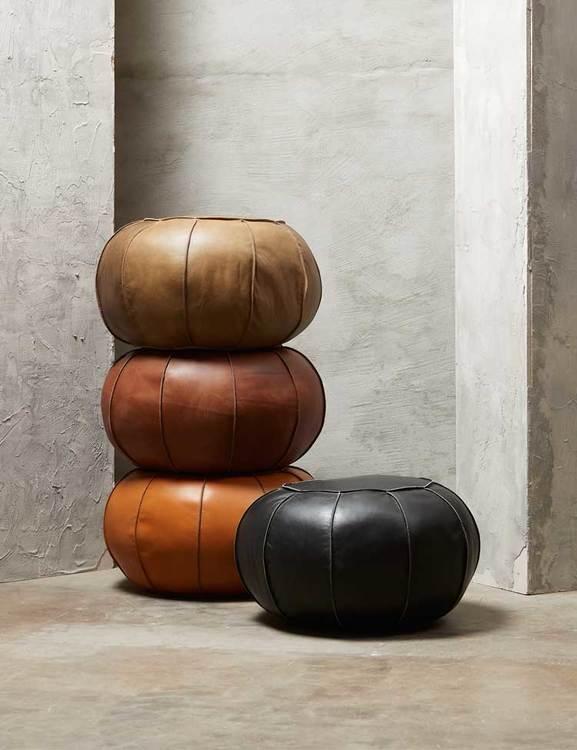 Sittpuff med sömmar naturgarvat läder, Fuhr Home