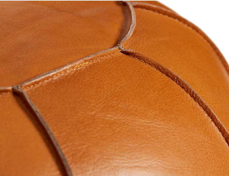 Sittpuff naturgarvat läder, cognac