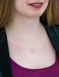 Halsband Tvinnad återvunnet silver