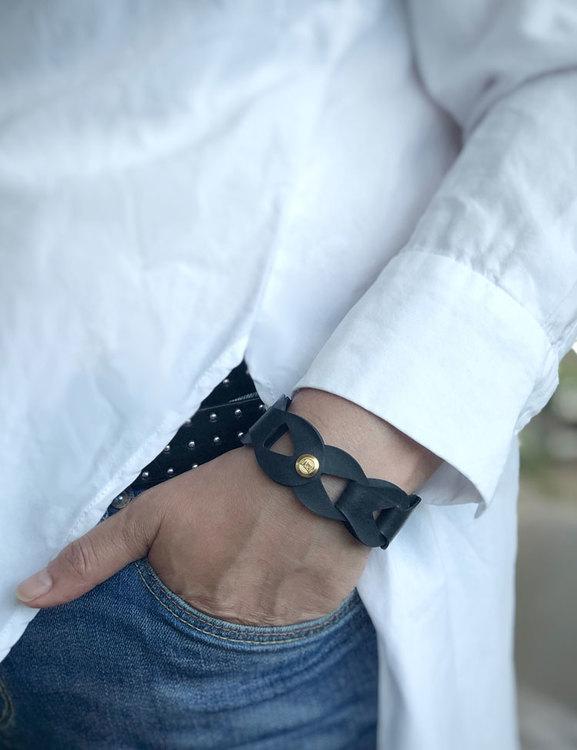 Armband by FRIDA EM, återvunnet gummi