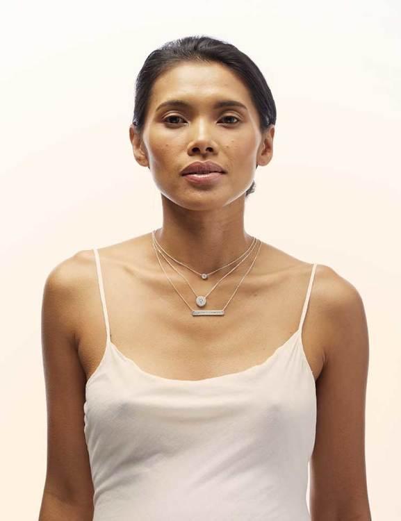 Halsband med venussymbol, återvunnet material
