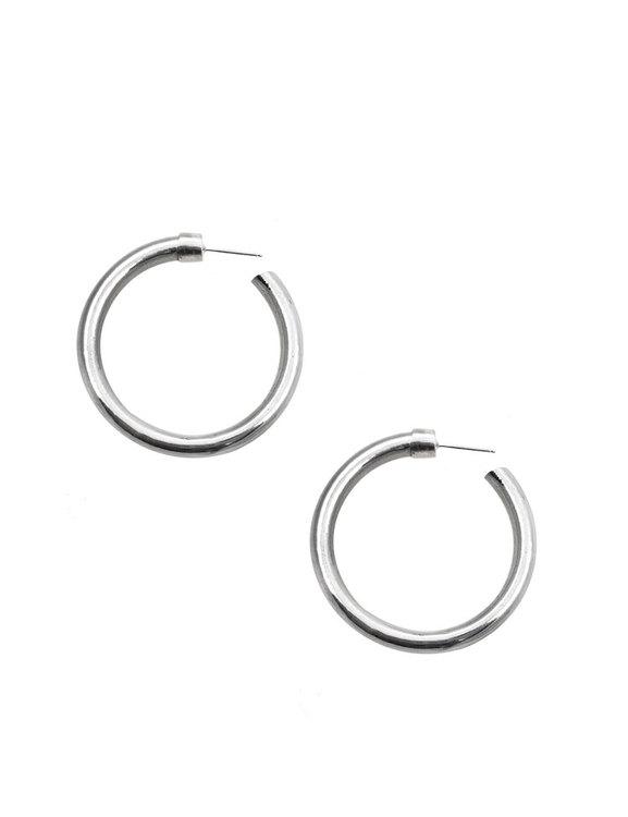 Stora ringar, örhängen i aluminium