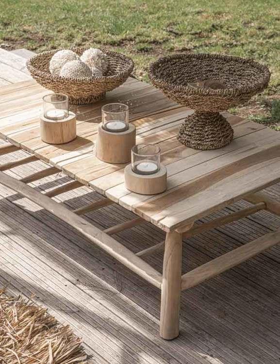 Soffbord utomhus