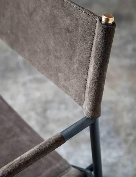 Regissörsstol metall och läder, naturgarvat.