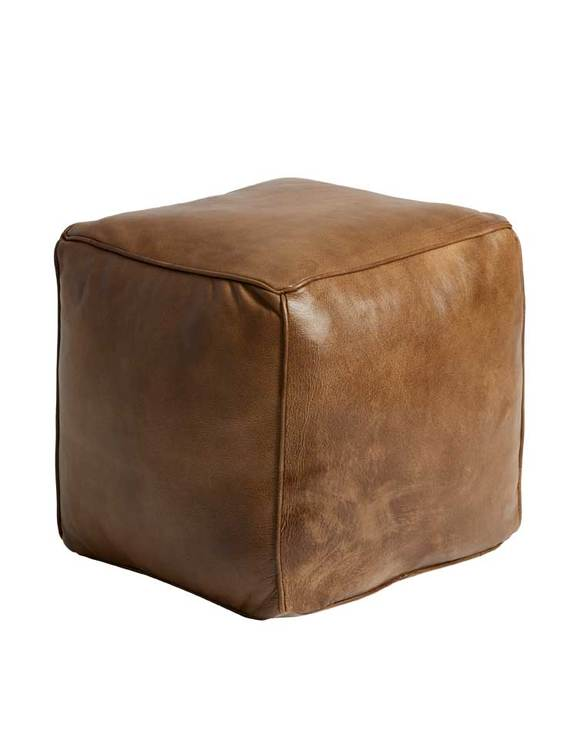 Sittpuff kubformad, patina brun.