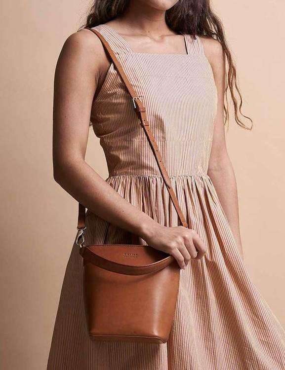 Elegant väska från O My Bag naturgarvat läder