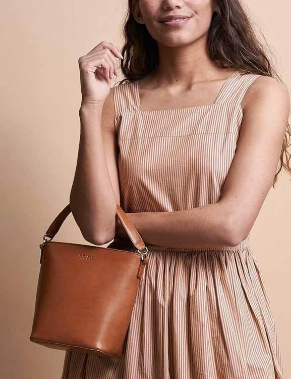 Bucket Bag med handtag och axelrem
