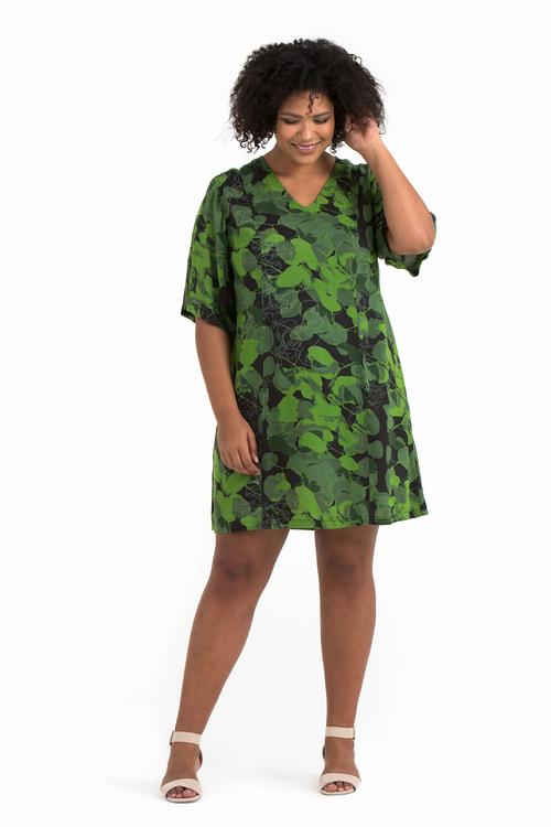 Jonna klänning Forest svart/grön