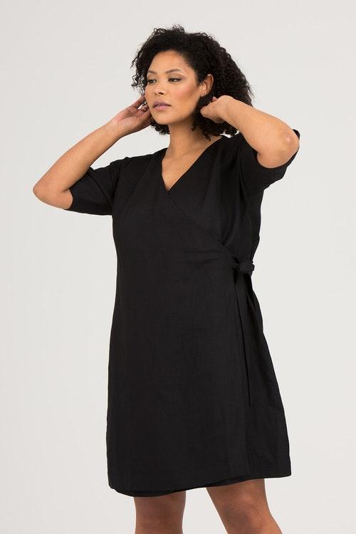Cissi dress black
