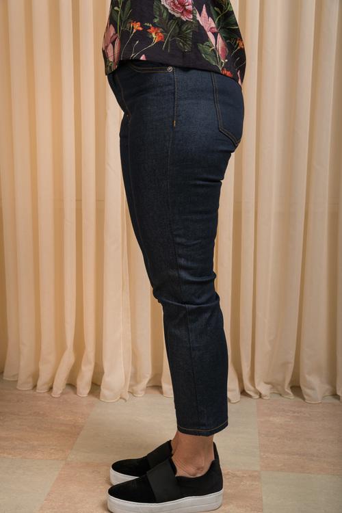 Edie Jeans Rinsed Blue 26-längd Dr Denim