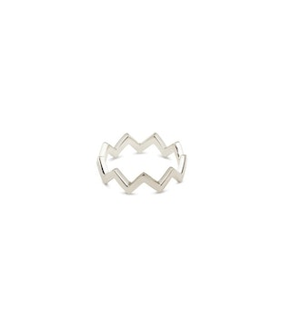 Strict Plain Zigzag Ring Silver