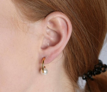 Pearly Small Hoops Gold
