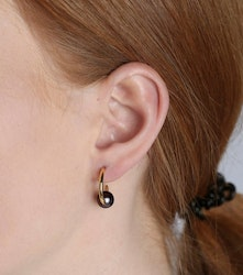 Pearly Small Hoops Gold Black