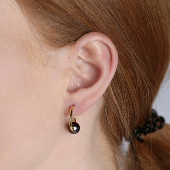 Pearly Small Hoops Gold Black Syster P