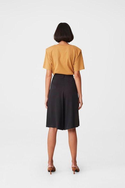 Berta HW Shorts Gestuz