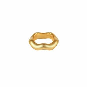 Bolded Wavy Ring Matt Gold Syster P