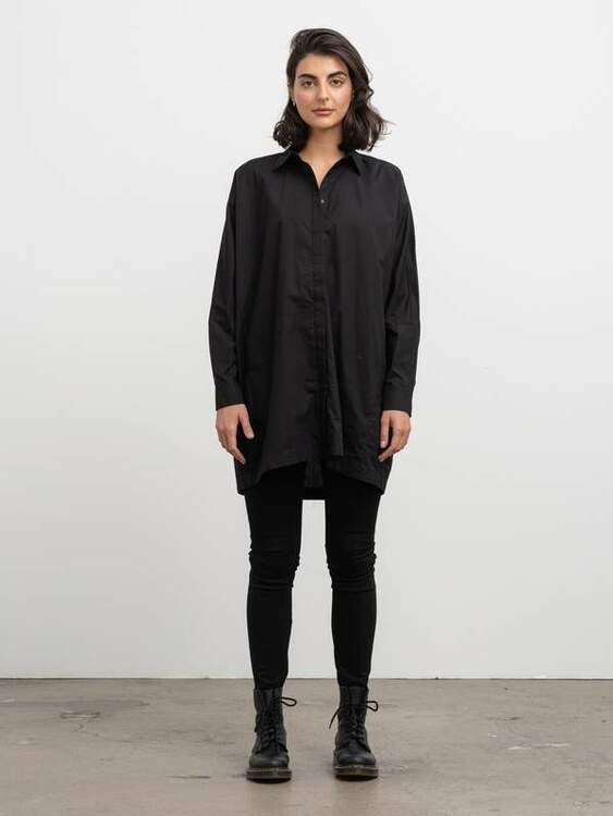 Gigi Long Shirt Black Ahlvar Gallery