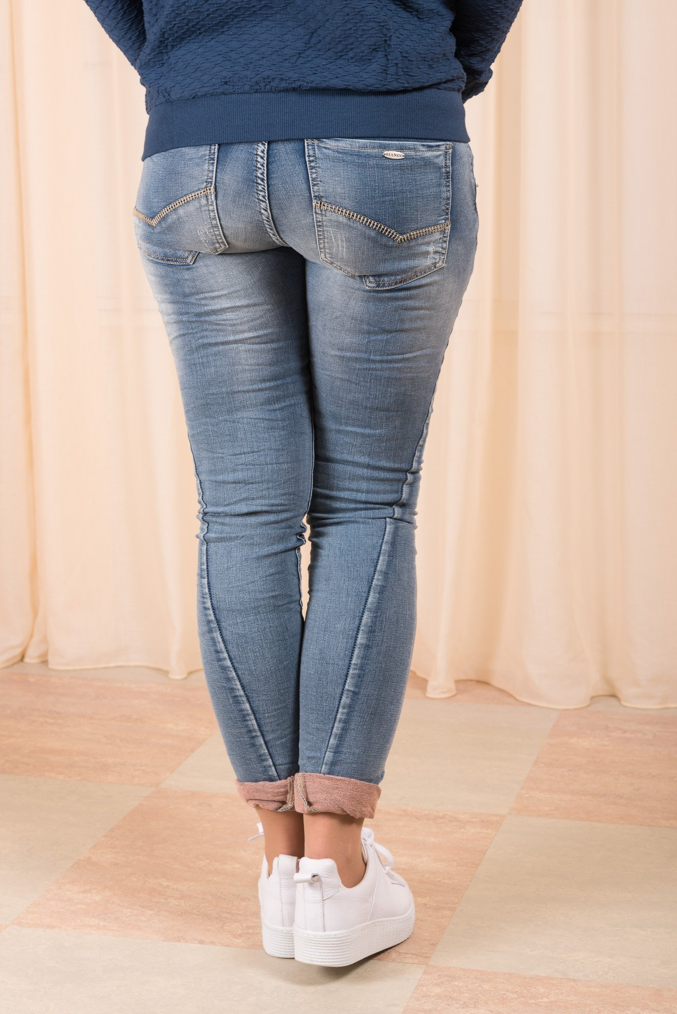 Boyfriend Jeans Blue Denim Bianco