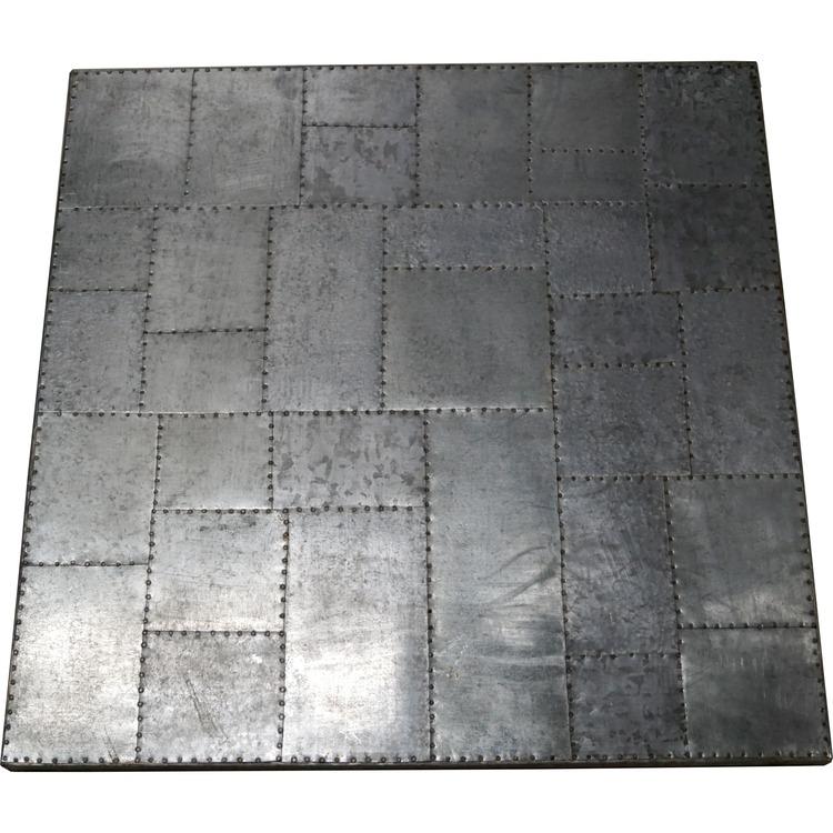 Metall bordsskiva