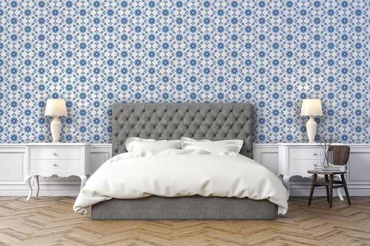 Tapet med blå Delsbosöm i sovrum.