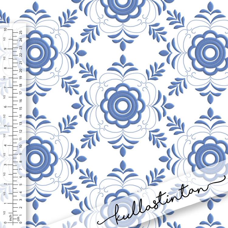 Tyg med mönster av blå Delsbosöm. Sinlge Jersey 200gr, 95/5 bomull/lycra.