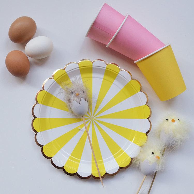 Ägg med kyckling  - Gul