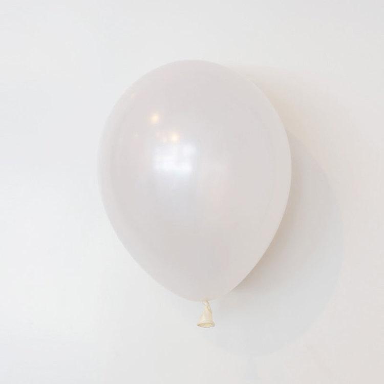 Ballong 28 cm - Pärlemo Vit