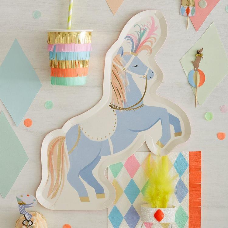 Tallrikar - Circus Stallion