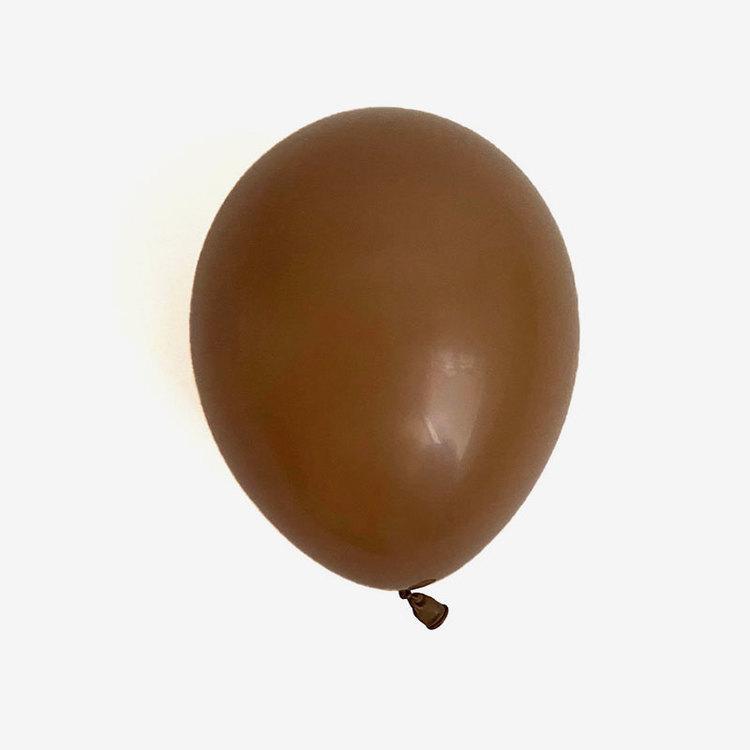 Heliumfylld latexballong 28cm - Mocca