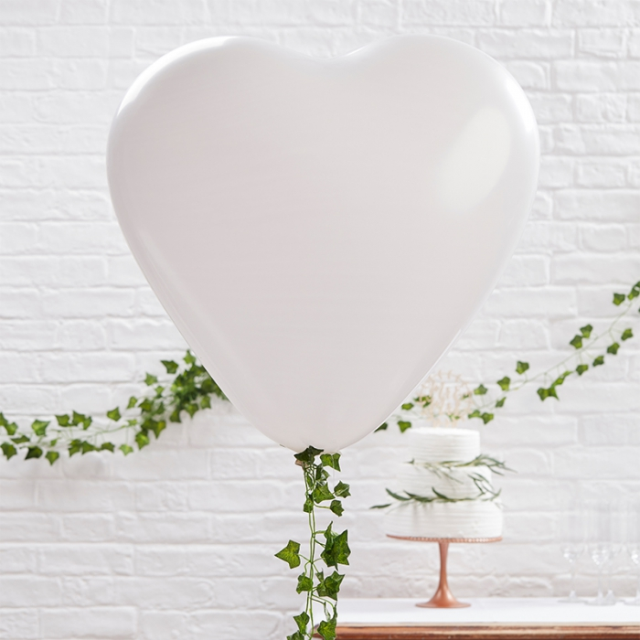 Ballonger - Vita Hjärtan Stora