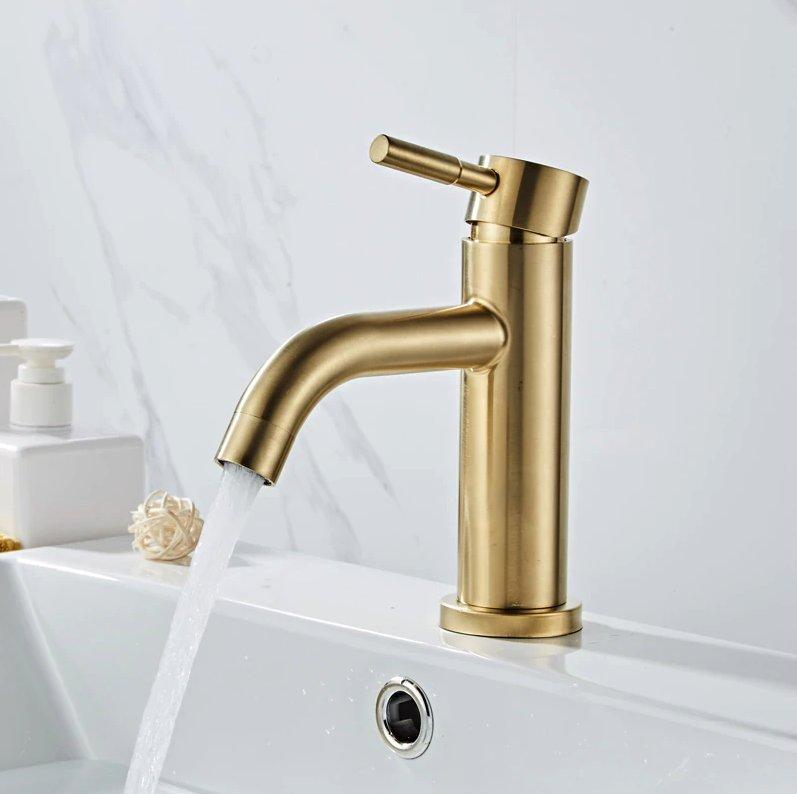 Tvättställsblandare badrum borstad mässing