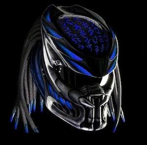 Predator MC hjälm med flätor - Storlek XXL