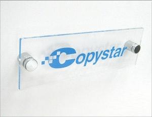 Väggpanel Display i akryl med eget tryck 250x80mm