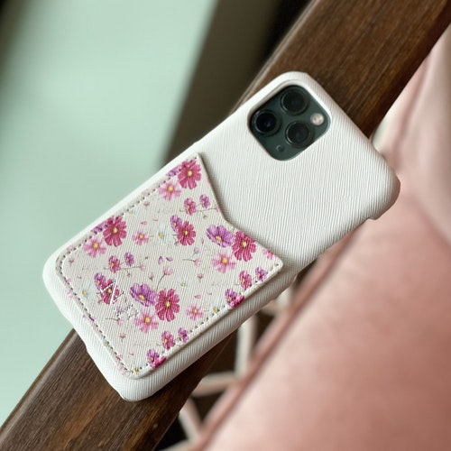 Pink flower - Mobilskal med korthållare