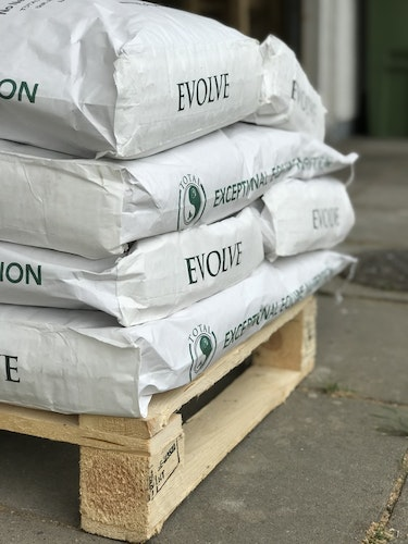 TOTAL Evolve - Full pallet 50 sacks. Free delivery