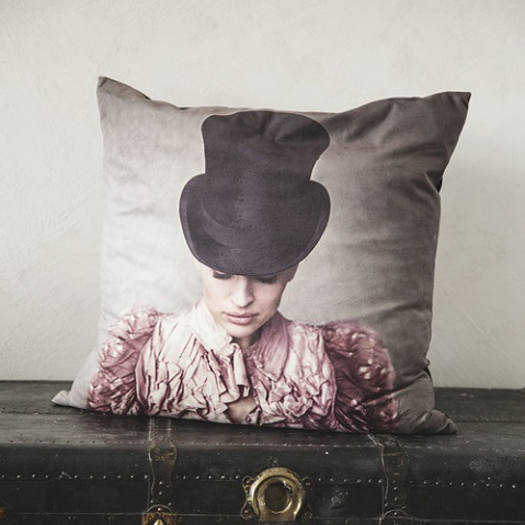 ADELAIDE velvet pillowcase