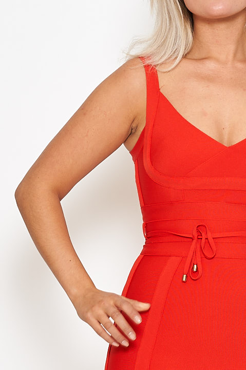Red bandage bodycon dress Lala röd bandageklänning Jebelles