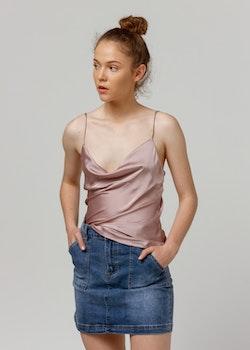 0172972d Satin linne i ljusrosa- Daliolia satin top in light pink
