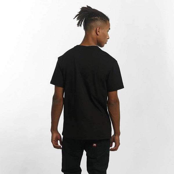 snygg herr t-shirt från eckö unltd. köp hos dressforsport.se