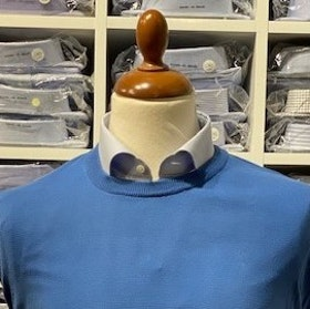Rundhalsad tröja i Pima Cotton - ljusblå