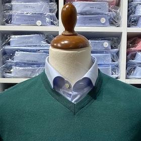 V-halsad tröja i Pima Cotton - mörkgrön