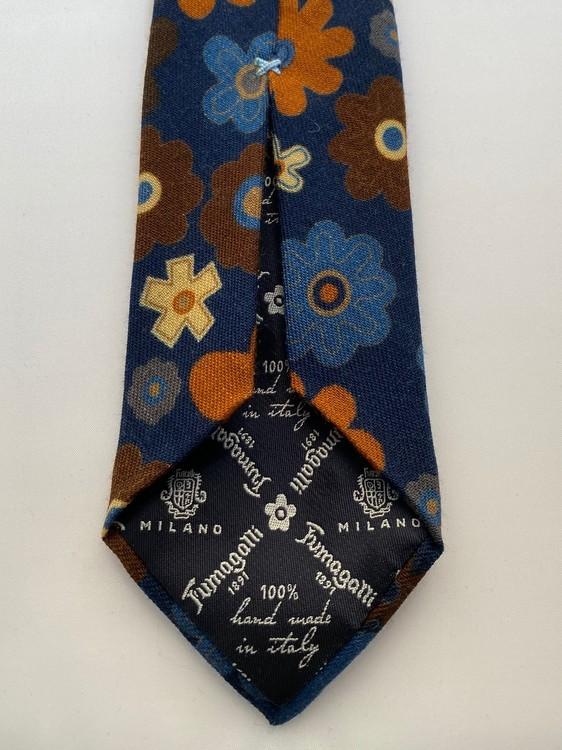 Handgjord blåblommig slips i ull