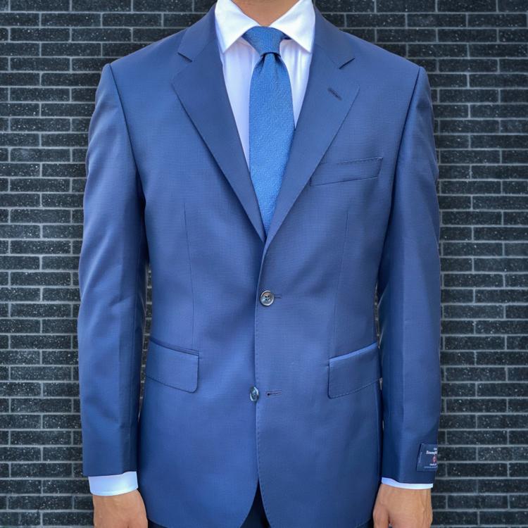 Kostym blå med diskret micromönster