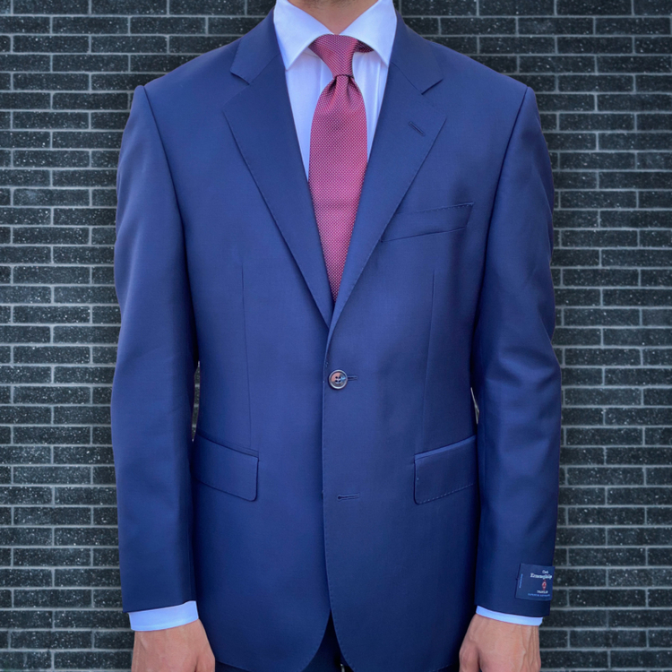 Kostym marinblå klassiker