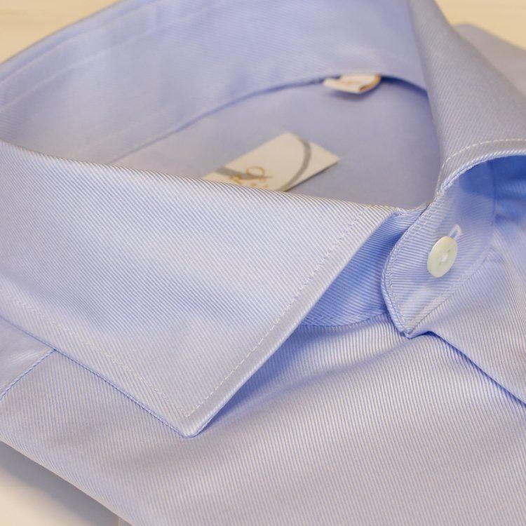 Blå skjorta slimfit twill